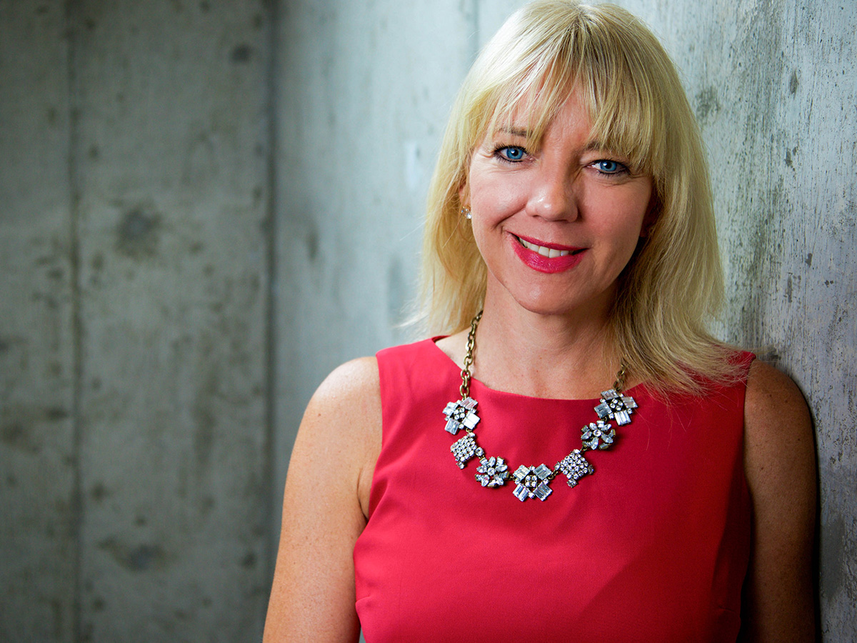 Picture of Rhonda Reist smiling